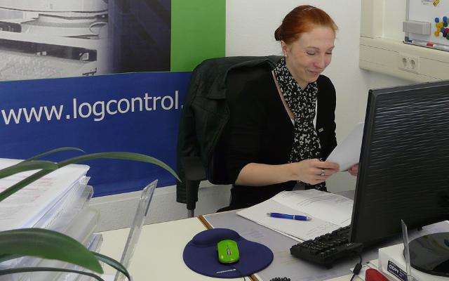 Sabrina_Schmalisch_Projektleiterin_Unternehmenskommunikation_LogControl